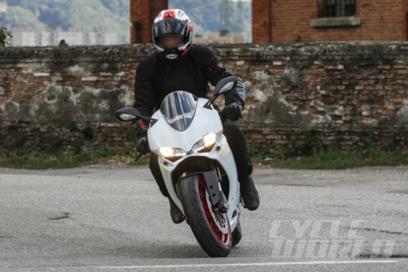 Ducati-959-Panigale-001-590x393