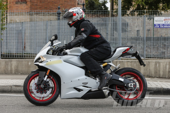 Ducati-959-Panigale-004-590x393